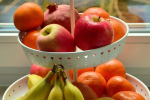 Etagere mit Obst