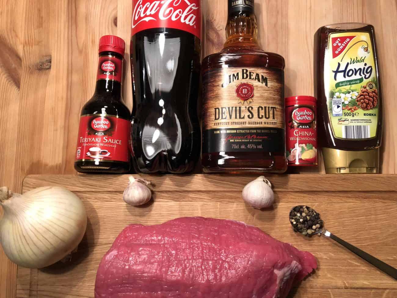 Rinderbraten Aus Dem Dutch Oven Mit Einer Whiskey Cola Teriyaki Sauce
