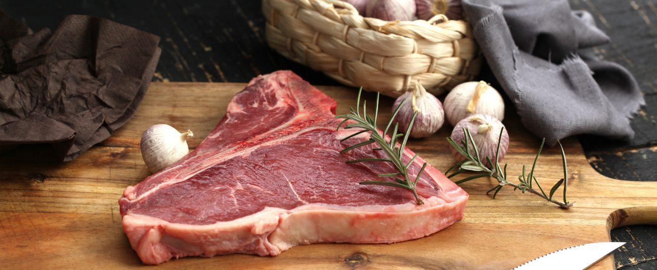 T-Bone-Steak und Garnelen Sous-Vide