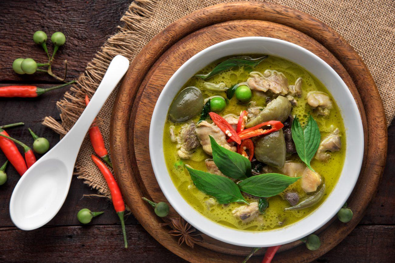 Grünes Thai Curry mit Sous Vide Hähnchen